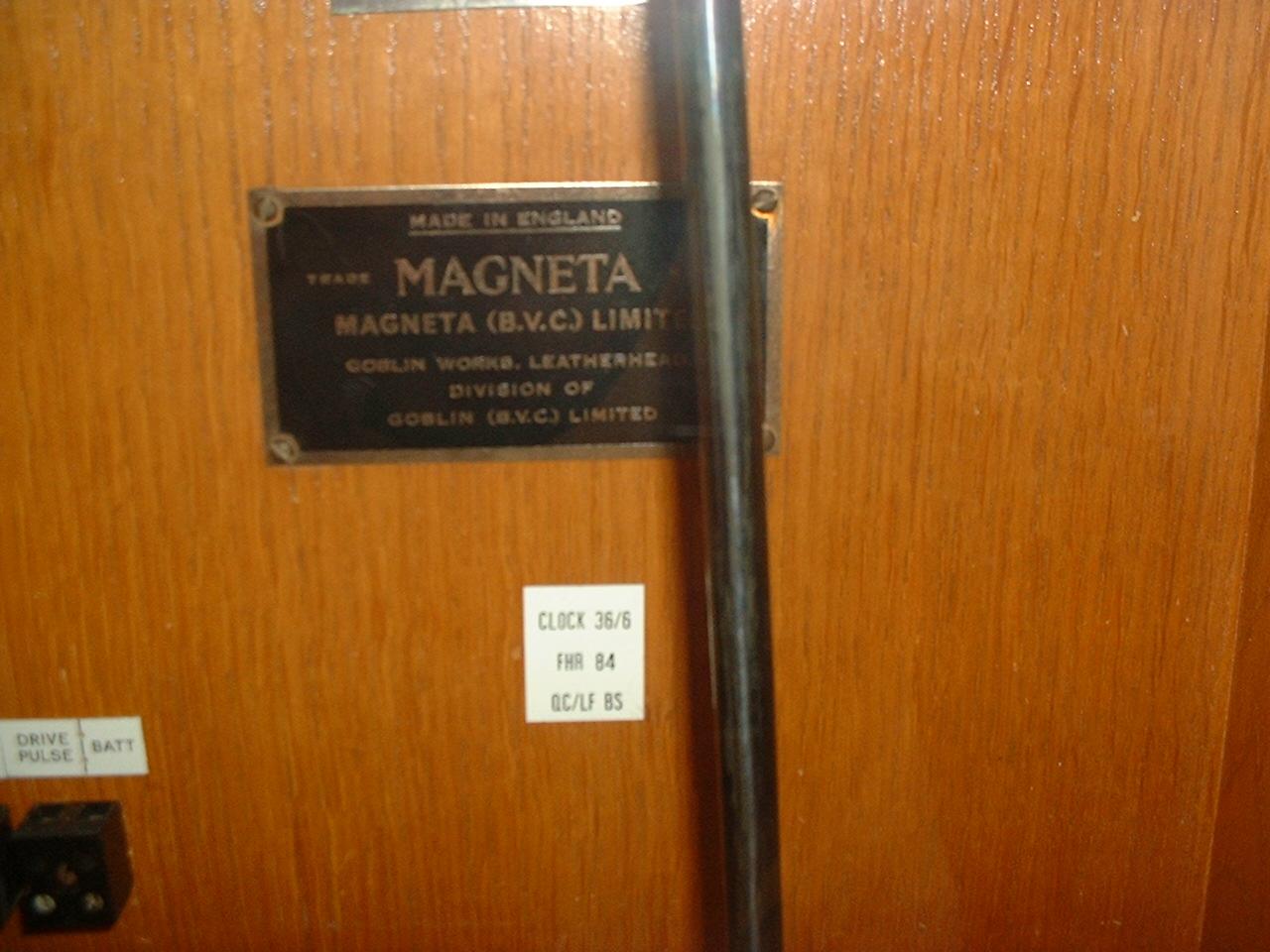 Magneta Clock
